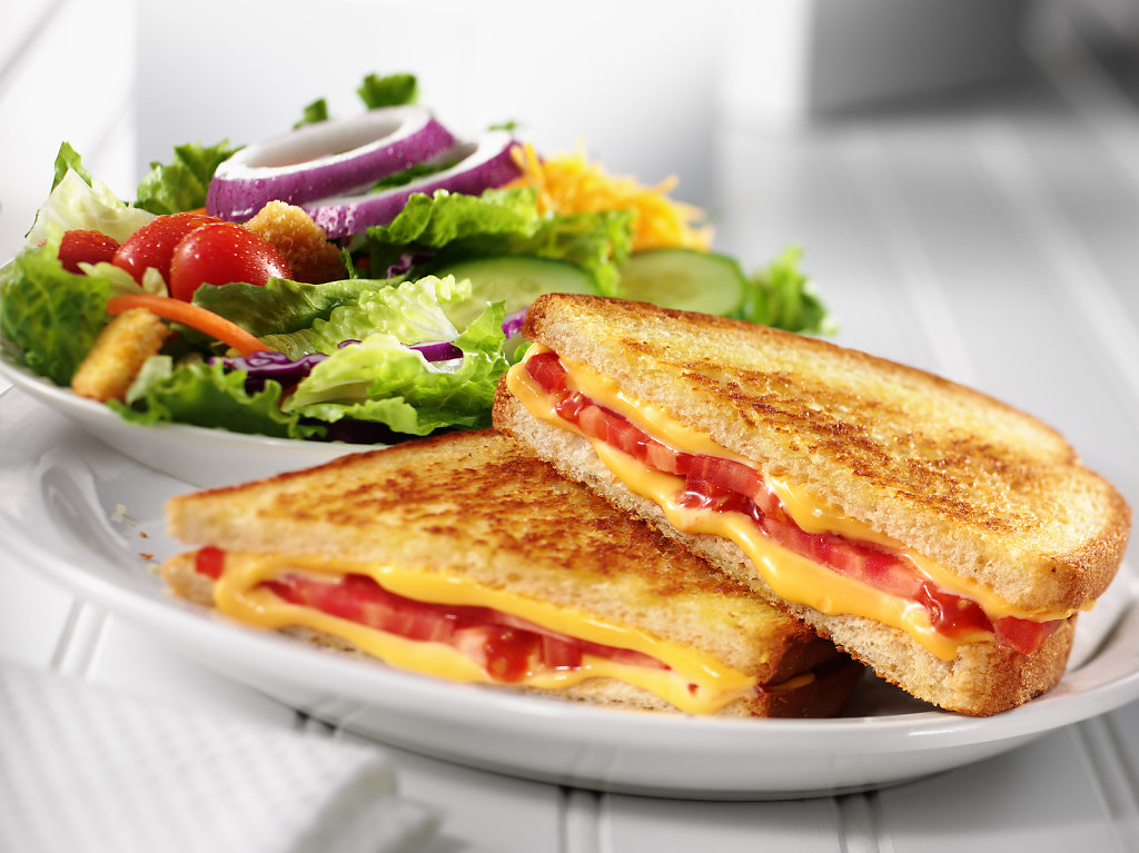 Grilled-Cheese-Hero-Salad.jpg