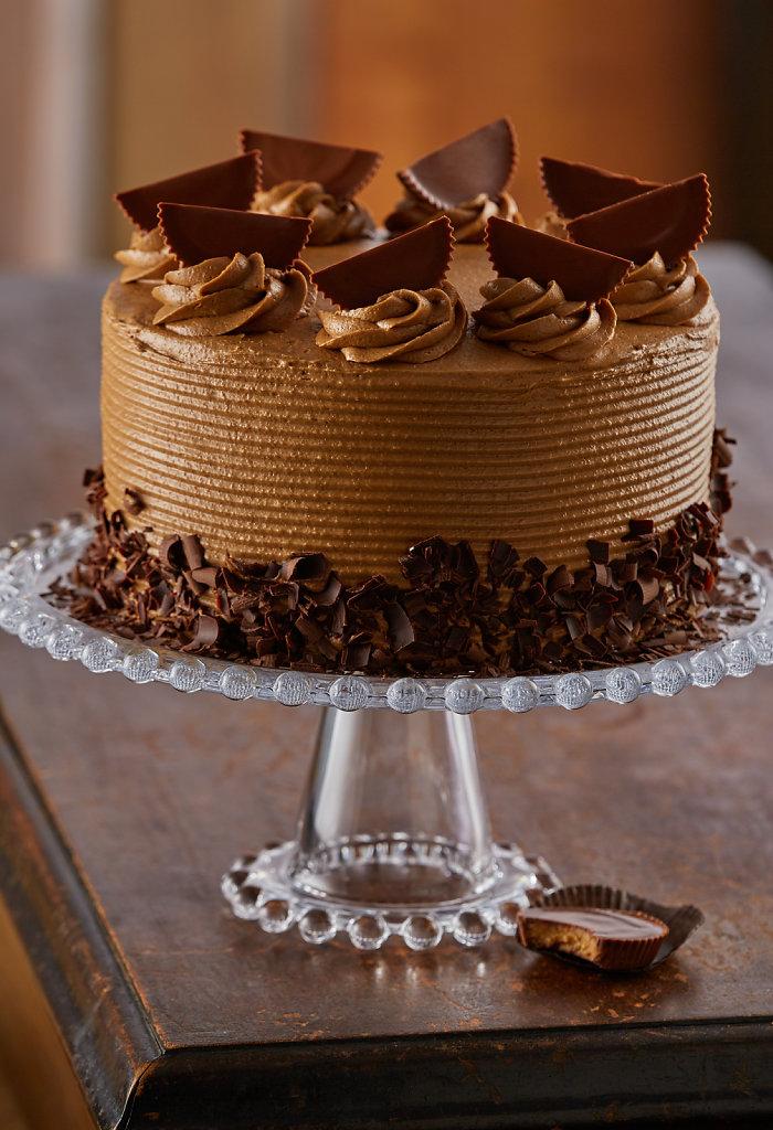 Reeses-Iced-Cake-V2-Alt.jpg