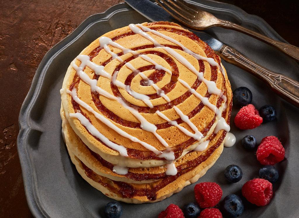 December17-Cinnamon-Roll-Pancakes-Alt.jpg