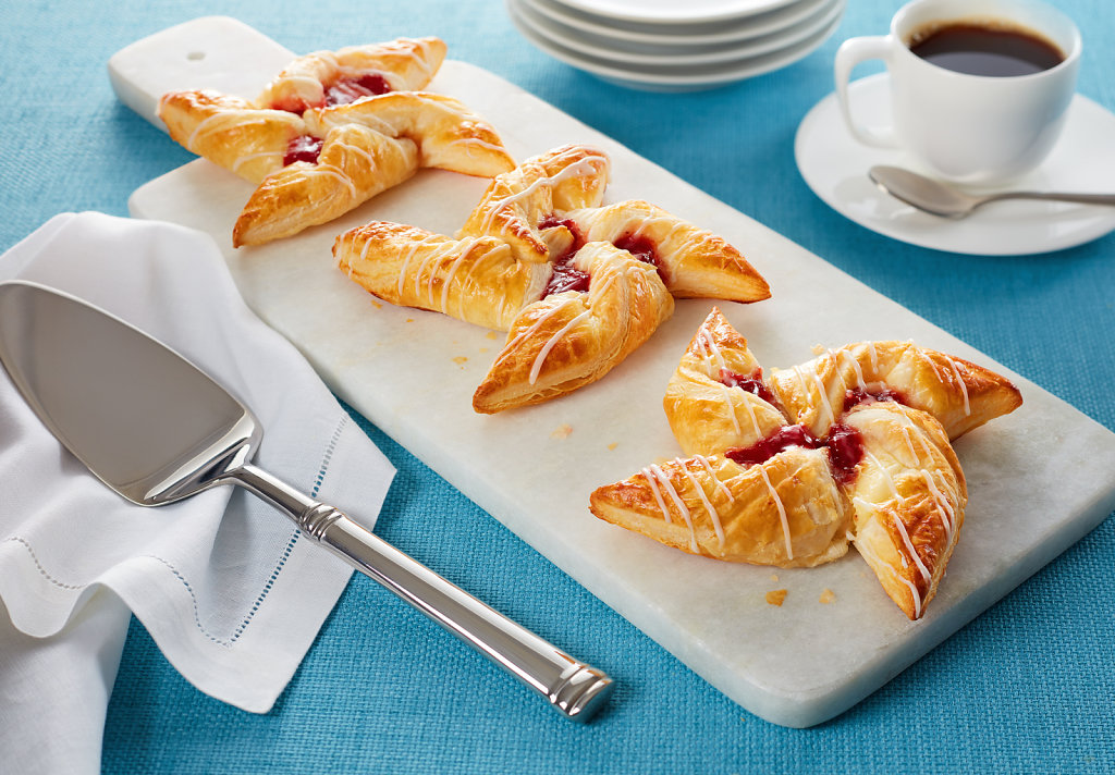 Strawberry-and-Cheese-Danish-Stars-Danish-Launch-Alt3.jpg