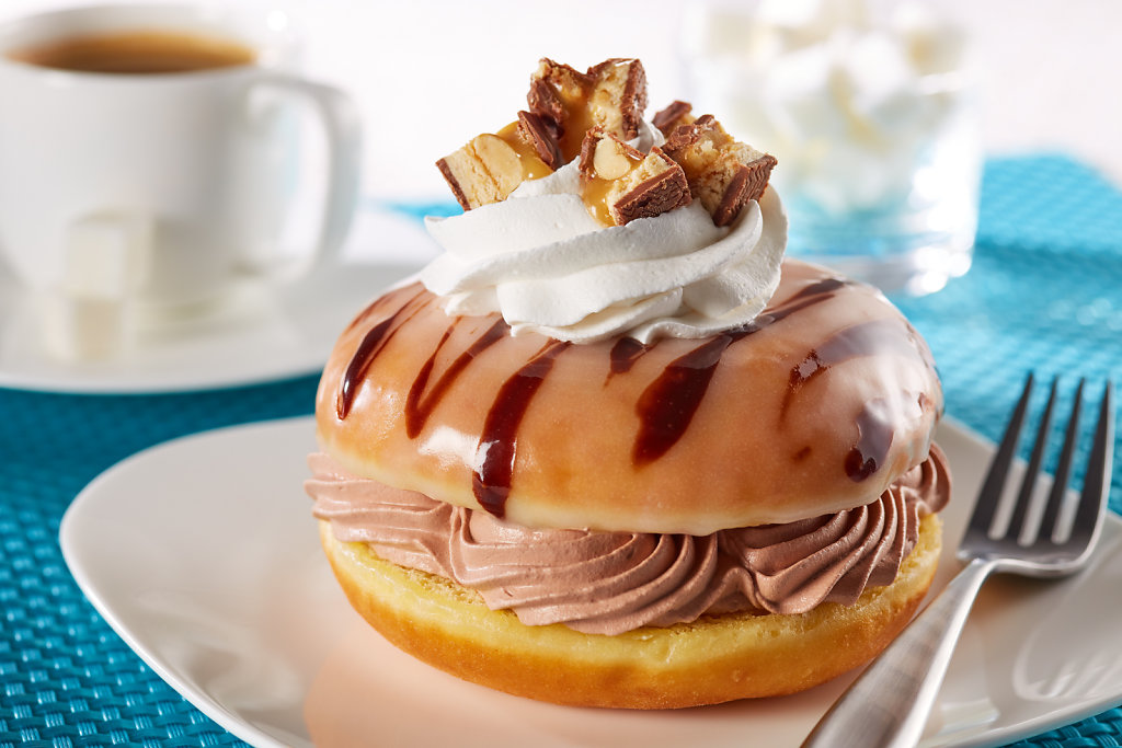 Donut-Filled-With-Chocolate-Whipped-Topping.jpg