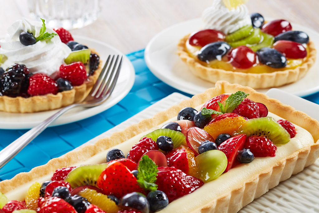 Fruit-Tart-Whipped-Topping-Filled-Topped-With-Glaze.jpg