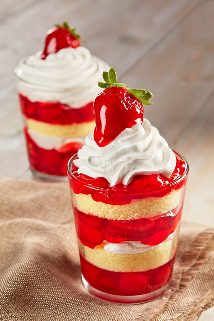 Glaze-For-Strawberries-Trifle-Application.jpg